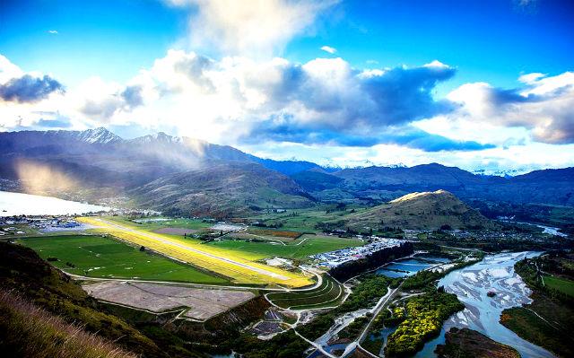 Queenstown Airport - New Zealand