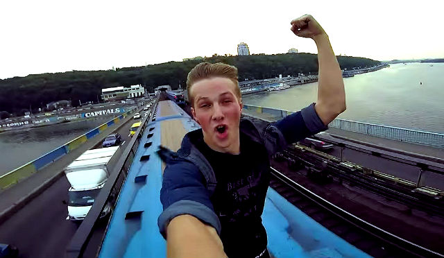 teenager on top train viral extreme