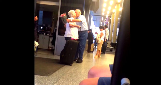 viral old couple sweet in the airport youtube video