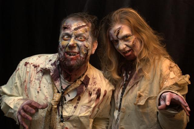 Halloween Couple Zombie