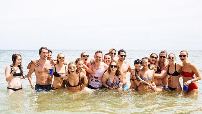 Tom Hiddleston, Taylor Swift With Their Friends