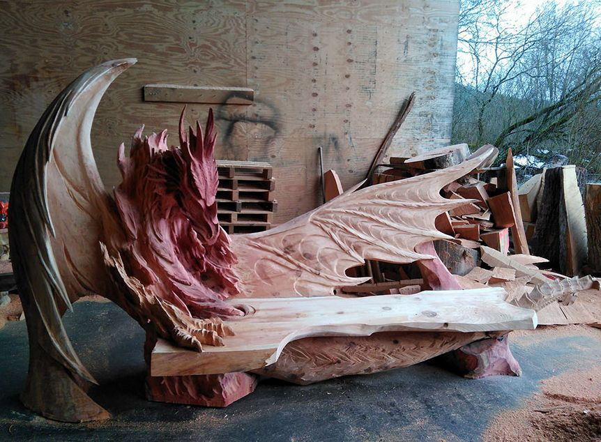 Estonian Artist Carve Spectacular Dragon Bench Using Chainsaw