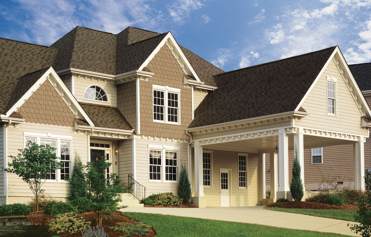 Multiplicity - Types of Exterior House Siding Ideas
