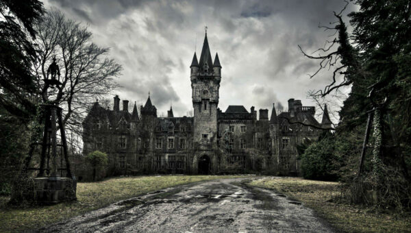 10 of the Creepiest Places on Earth you should Visit
