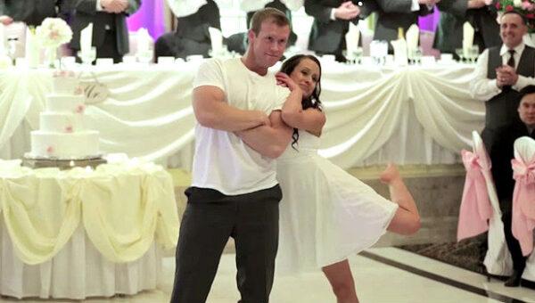 amazing and infectious wedding dance